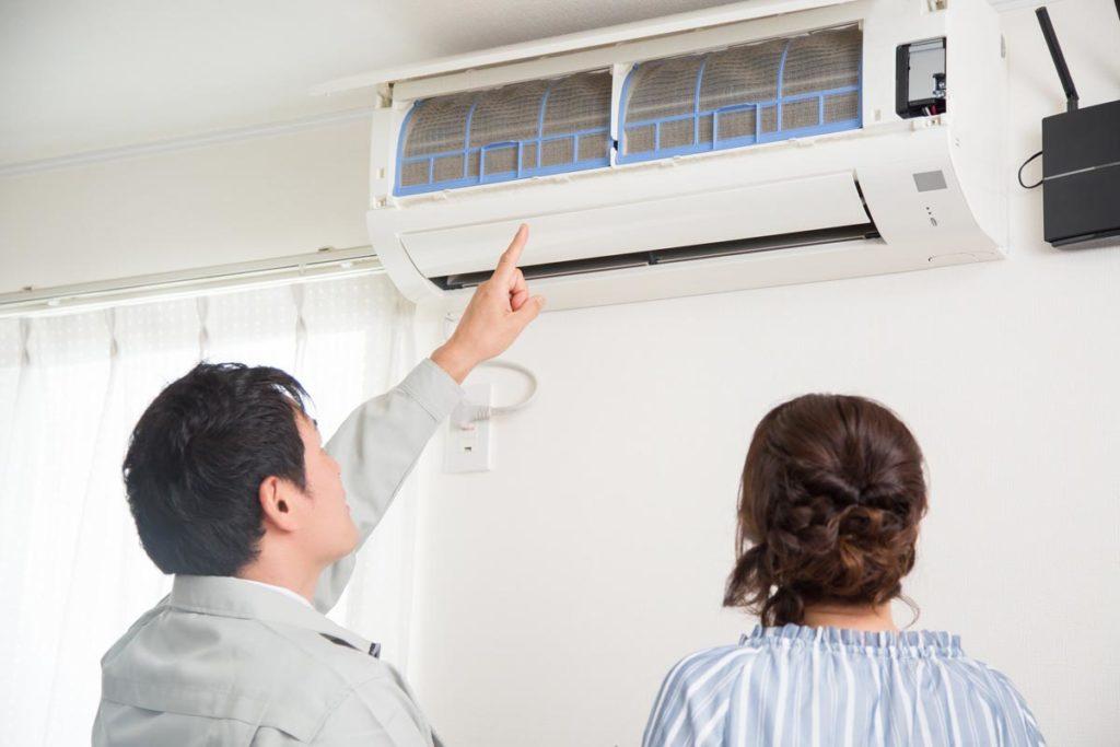【秋掃除のススメ】暖房を使い始める前にエアコン掃除を