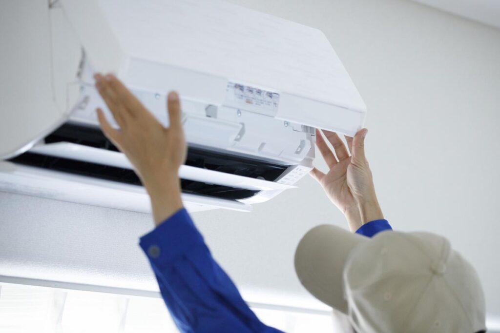 エアコンクリーニングは外側だけでなく熱交換器まで抜かりなく